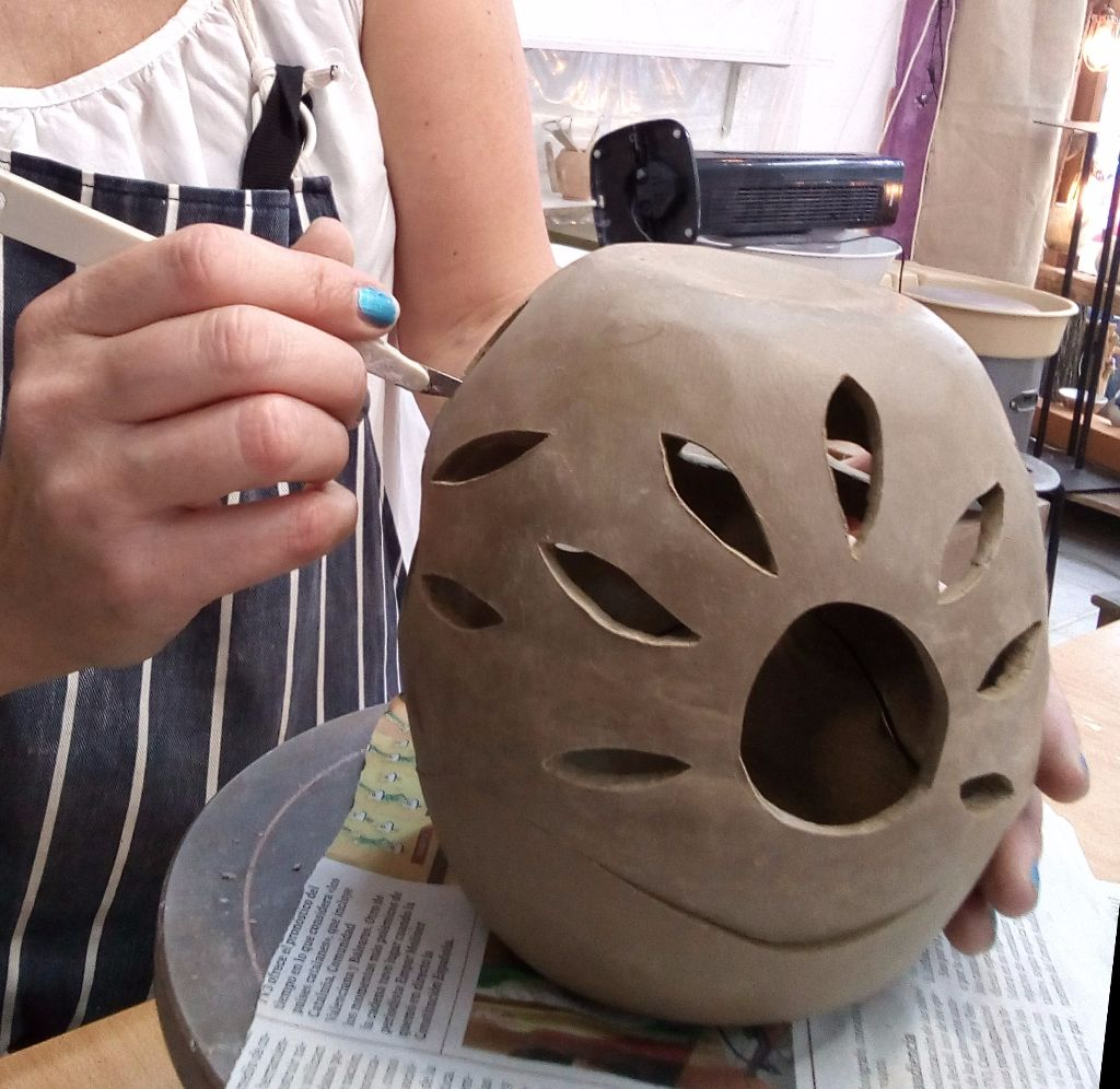 clases de ceramica: modelado, escultura, decoración